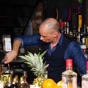 Bartender H | Bartender Atlas