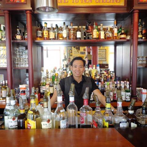 Trinh Quan Huy-Philip   Bartender Atlas