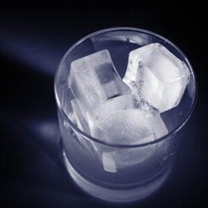 The Home Bartender: ICE | Bartender Atlas