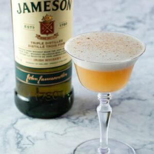 Cocktail: Honey & Spice | Bartender Atlas